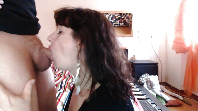 گلدی راش پس از رابطه جنسی در شیرین کاری خود دانلود داستان سکسی تصویری ولما تقدیر می کند