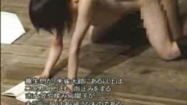 زن داستان سک۳۰ تصویری شاخی در حال پریدن بر روی آلت تناسلی زن هالا