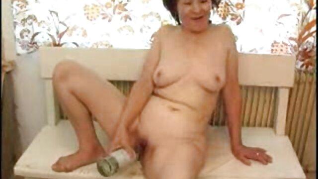 دختر چاق با سینه های بزرگ سوار یک داستانهاى سكسى تصويرى دوست